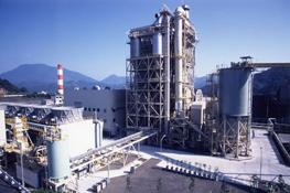 木質バイオマス燃料を使用している高知工場火力発電設備